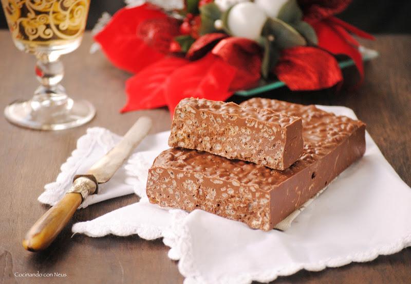 Turrón de chocolate con arroz inflado y crema de speculoos /cocinandoconneus