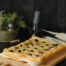 Focaccia con queso cheddar, cebolla y olivas negras con Thermomix