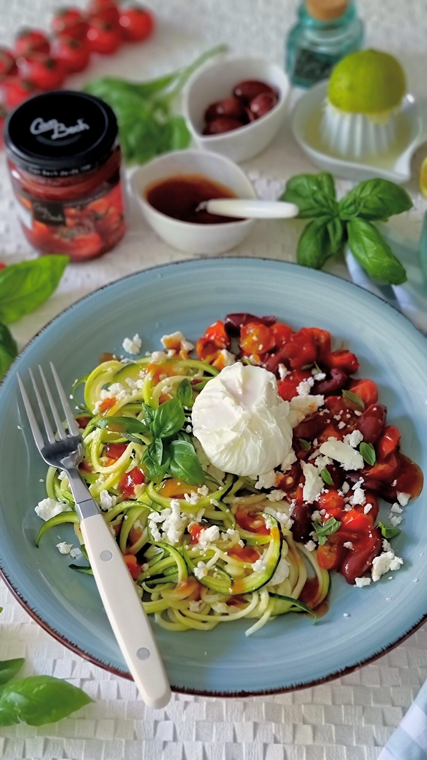 Spaguettis de calabacin a la mediterránea