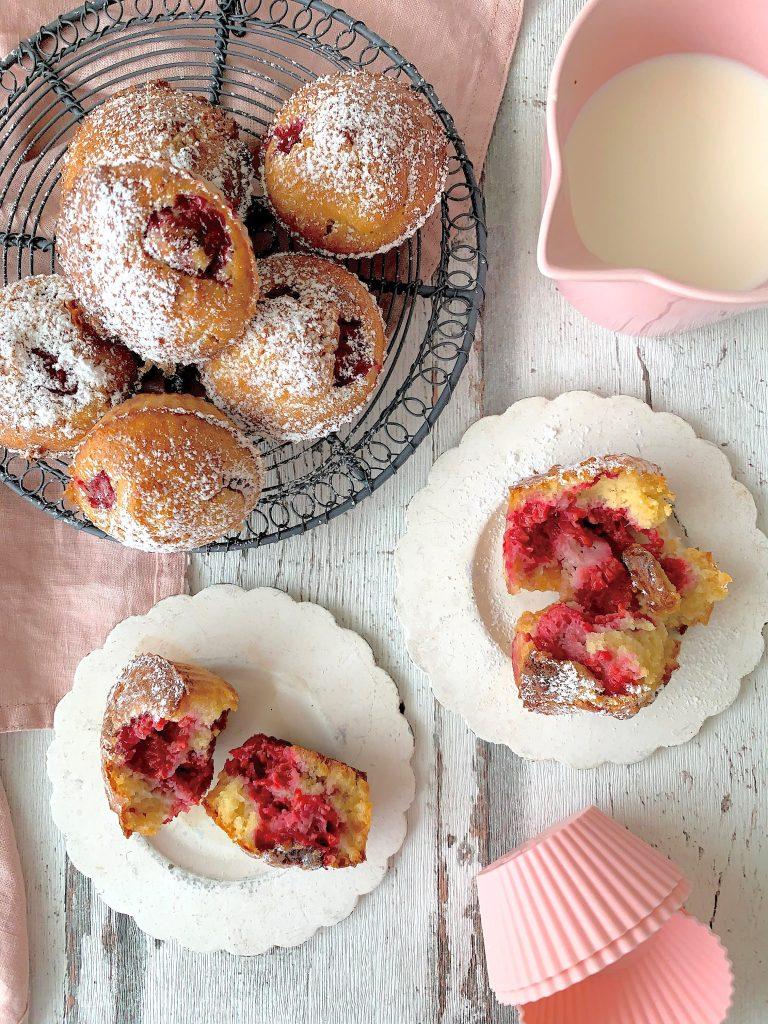 Muffins de frambuesas y chocolate blanco